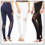 最も新しいデザイン女の子の顧客用ヨガのズボンはカスタムロゴの高品質の体操の摩耗のヨガのレギングを卸し売りする