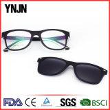 Fait dans des lunettes de soleil magnétiques de la qualité UV400 de la Chine