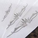 製造業者の中国の100%年綿のホテルタオル、白い刺繍されたタオルの