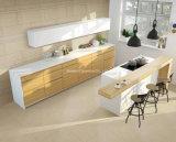 Rustikale glasig-glänzende Porzellan-Fußboden-Fliesen
