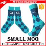 Kundenspezifische Baumwollklare Farben-Socke