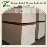 Faisceau de peuplier de colle en bois E1 E2 de pli de meubles du contre-plaqué 18mm de Bintangor