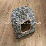 애완 동물 제품 안락 Flannel 애완 동물 침대 감금소 운반대 고양이 집