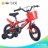 Una bicicletta dei 14 di pollice dei capretti di montagna bambini della bici