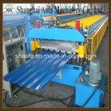 Machine de formage de rouleaux de panneaux muraux et de toit