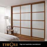 침실 옷장은 서랍을%s 가진 옷장을 삽입하고 Tivo-0063hw를 선반에 놓는다