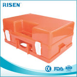 As vendas quentes esvaziam a caixa dos primeiros socorros do plástico da ambulância