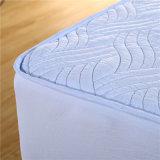 Protector elástico impermeable hipoalérgico acolchado llano superior del colchón