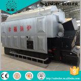 La biomasse de charbon allumée produisent de la chaudière à vapeur