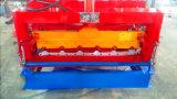 Tuiles utilisées glacées couvrant des machines de panneau