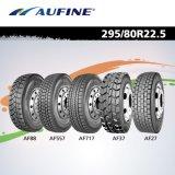 O caminhão famoso do tipo do chinês monta pneus 11r22.5 315/80r22.5 385/65r22.5 295/80r22.5