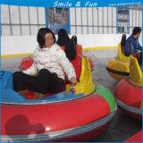 Véhicule de butoir sur la glace pour frapper en parc d'attractions