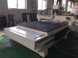 Portello del Engraver e della taglierina di CNC che fa macchina