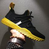 Pattini correnti di sport degli uomini e delle donne delle scarpe da tennis della fabbrica di Jinjiang nuovi