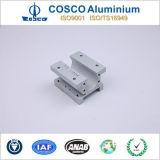 Neuer konzipierter Aluminiumprofil-Strangpresßling für Bulid Material mit der CNC maschinellen Bearbeitung