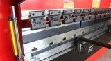 Huaxia Wf67k-100t/3200の油圧版CNCの出版物ブレーキ曲がる機械