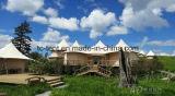 De houten Tent van de Vakantiewoning met de Decoratie van de Luxe