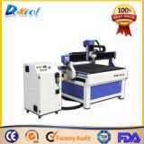 Máquina de grabado de madera del ranurador del CNC del precio de China pequeña para hacer publicidad de la tarjeta de la muestra
