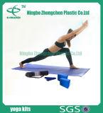 Insieme essenziale del kit di yoga per l'insieme di base di yoga del principiante