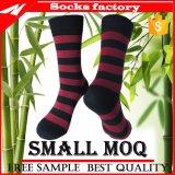 Bambussocken-bakterielles Antidesodorierendes Mittel gekleidete Socken für Männer kundenspezifisch anfertigen