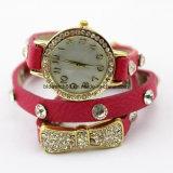 女の子の方法革バンドブレスレットの腕時計