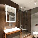 24X32 LED vertical horizontal de l'hôtel Salle de bains avec miroir de toucher le bouton