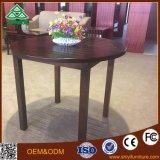 Allgemeiner Kaffeetisch und Schreibtisch mit Holz