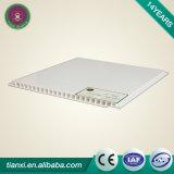 Low Factory Price PVC Wall Panel en plastique décoratif carreaux de plafond