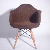룸 순수한 색깔 직물 덧대어깁기 의자