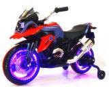 O passeio do modelo 2017 novo no brinquedo caçoa a motocicleta elétrica