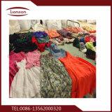 Exportateurs d'habillement utilisés avec la bons couleur et prix bas