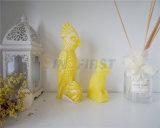 Aves decorativas velas forma parte de la decoración /Don