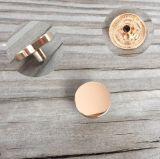 4 металла кнопки части руководства и никеля кнопки освобождают