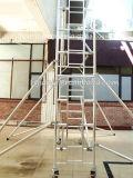 China-Lieferanten-zerteilt leichtes mobiles Treppen-Aluminiumbaugerüst Ansicht
