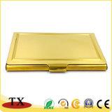 Названного владельца карточки цвета золота