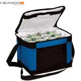 Non-Wovenまたはポリエステルカスタム食糧携帯用折るピクニックによって絶縁される昼食のクーラー袋