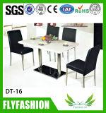 Таблица и стул трактира обедая для 4 людей (DT-22)