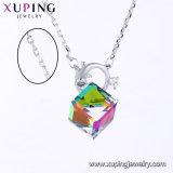 44342の方法女性のためのSwarovskiの要素の宝石類デザインからの吊り下げ式のネックレスの水晶