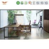 シンプルな設計木表および椅子の高品質マネージャの人間工学的のオフィス・コンピュータの机