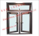 Guichet de tissu pour rideaux avec le modèle en verre isolé