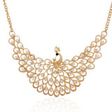 孔雀の水晶ダイヤモンドの方法チョークバルブカラー文のネックレスの宝石類