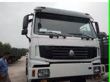 6X4 371HPのユーロ2右駆動機構HOWOのトラクターのトラック