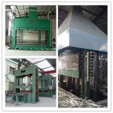 L'efficacité stratifié semi-automatique Presse à chaud pour le bois des planchers laminés / Panneaux et portes de meubles