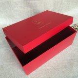단화를 위한 주문을 받아서 만들어진 인쇄된 뚜껑과 기본 종이 선물 상자