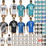 2018年のFifaのワールドカップのロシアのフットボールドイツ各国用のサッカーのジャージ