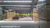 Mélamine MDF Panneau mural en fibre de densité moyenne Panneau de plafond Panneau de carton