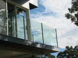 Balustrade van het Glas van de Groef van het roestvrij staal de Post