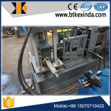 Metal frio da cremalheira da prateleira do armazenamento que dá forma à máquina