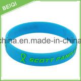 Kundenspezifische verschiedene SilikonWristbands mit freiem Berufsentwurf