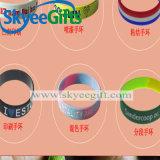 Wristband 2017 della gomma di silicone della Factory Pulsera De Silicona Custom